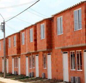 Cuáles son las características del programa de viviendas 100% subsidiadas